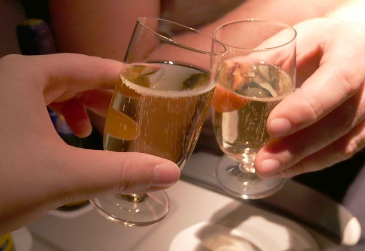 airbaltic_champagne